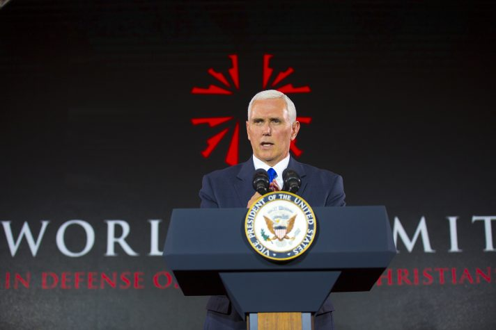 Mike Pence World Summit in defense of persecuted Christians FOTO billygraham.org