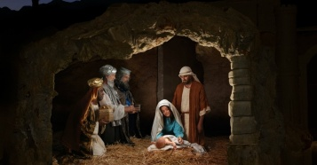 29980-12349-Nativity_BirthJesus.1200w.tn.1200w.tn
